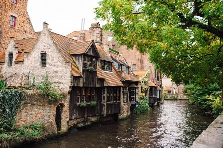 Arentshof in Brugge nabij de Bonifaciusbrug